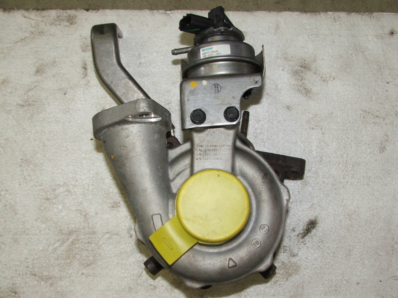 Turbo 2.2 diesel 132kW Chevrolet Captiva ( c140 ) kod GM25185863